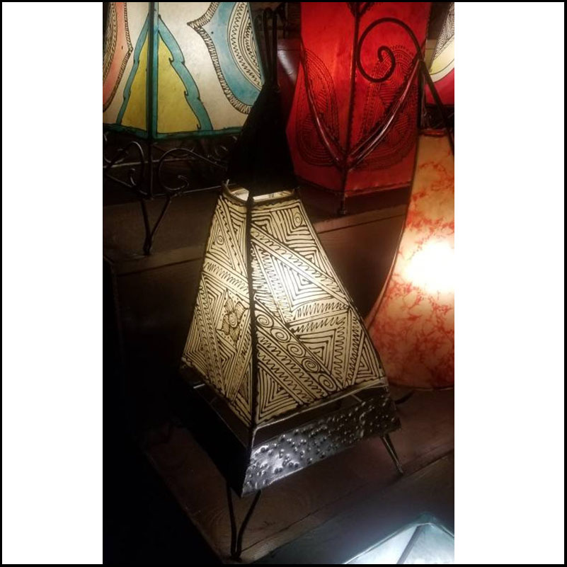 20″ News Rooster Moroccan Henna Lamp