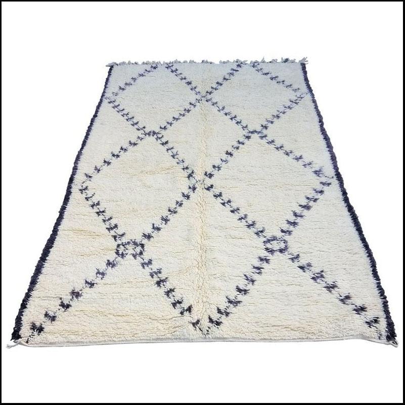 Contemporary Moroccan Beni Ourain Rug – 5'8″ × 9'6″
